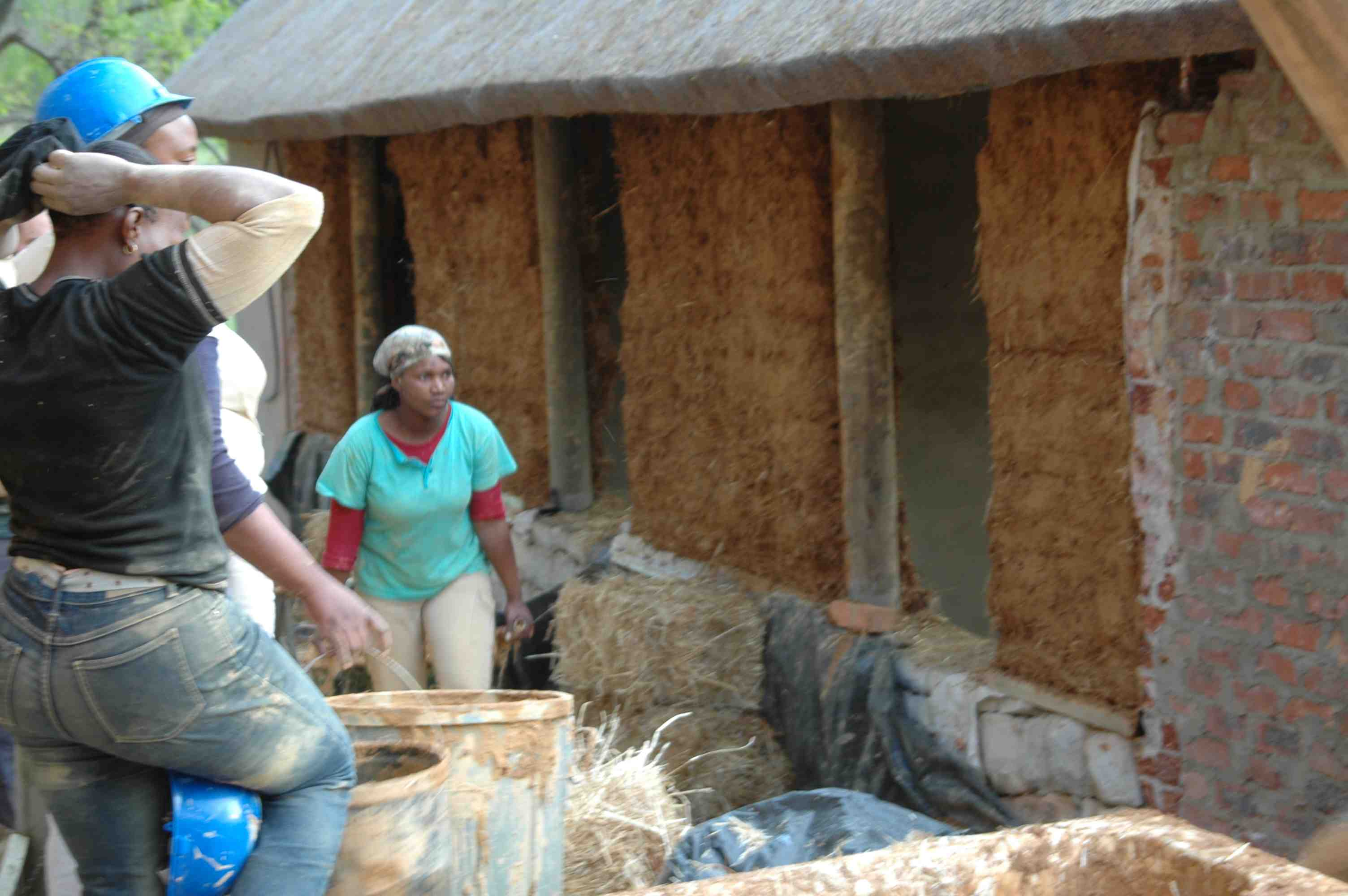 Straw Bale Whole Earth Building Foundation